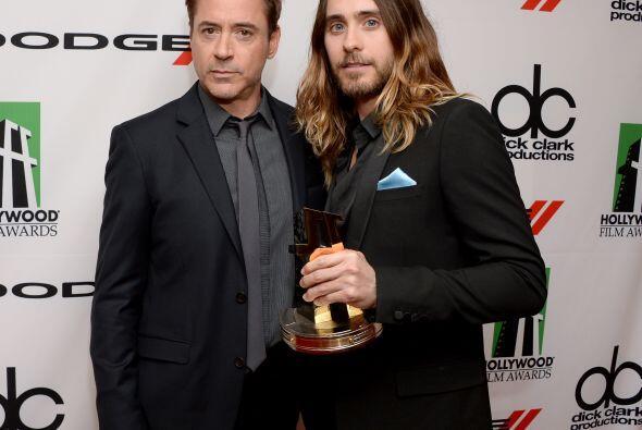 Robert Downey Jr. con Leto.Mira aquí los videos más chismosos.