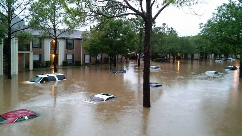 Siguen las lluvias severas en Houston y condados aledaños. Fotos enviada...