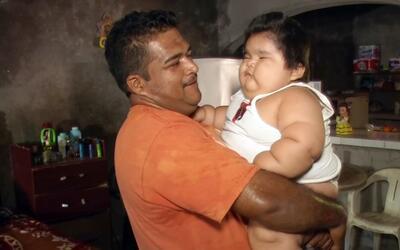 Luis González Pantoja tiene menos de 1 año de edad y pesa...