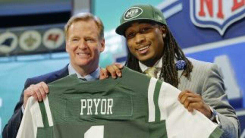 Ayuda a la defensiva secundaria de los neoyorquinos (AP-NFL).