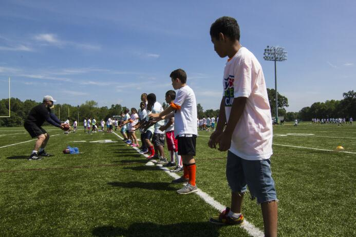 Fotos del segundo NFL PLAY 60 Character Camp de los New York Jets img_00...