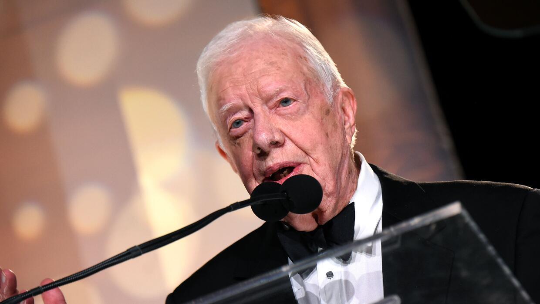 Expresidente Jimmy Carter dice que está respondiendo bien al tratamiento...