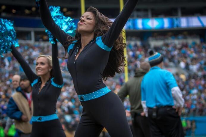 Las bellezas de los Carolina Panthers te estarán esperando en el Super B...
