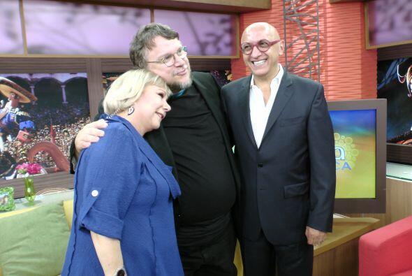 Una foto con tres grandes personajes del cine y la televisión his...