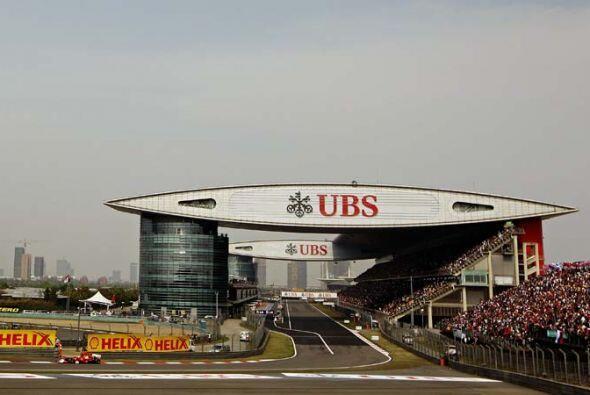 El Circuito de Shangai en China tiene uno de los escenarios más espectac...
