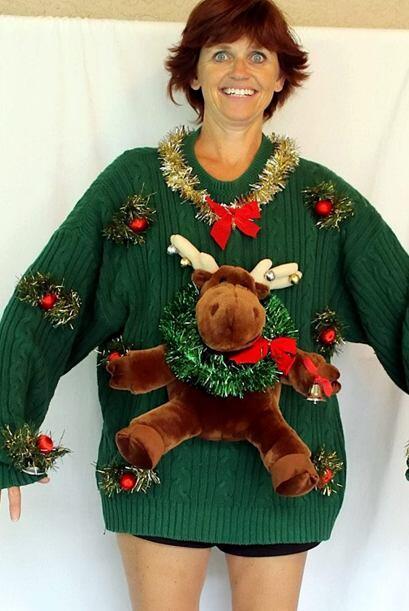 Puedes saber que se trata de un 'Ugly Christmas' por la cantidad de colo...