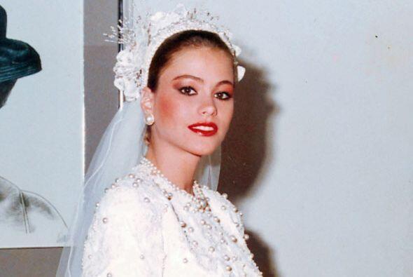 Así de hermosa lució vestida de novia.
