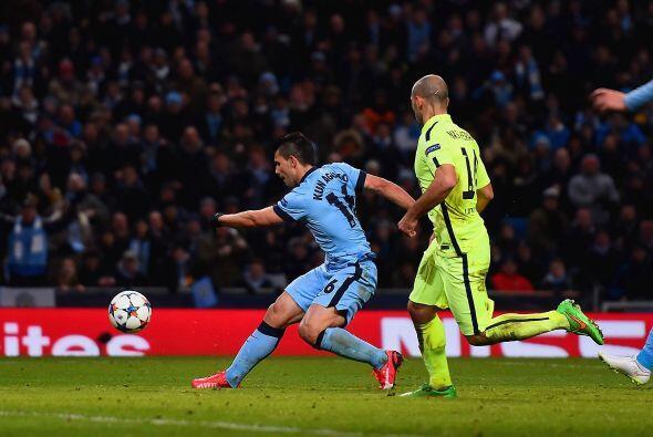 La reacción llegaría al minuto 69 con el gol del argentino Sergio Agüero.