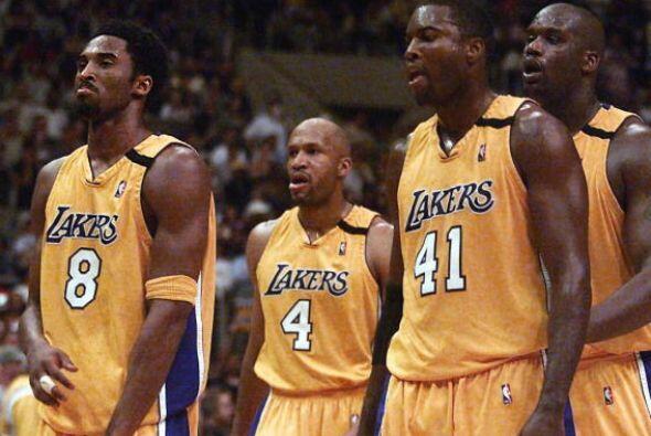La temporada 1998-99 fue la de su explosión en la liga, promediando 19,9...
