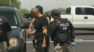 Redadas en autolavados de Arizona deja decenas de detenidos