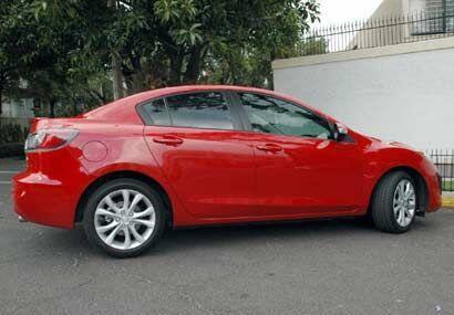 El nuevo Mazda3 es un poco más grande, un poco más equipado y un poco má...
