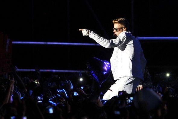 6. Justin Bieber. El joven cantante canadiense se hizo este año de unos...