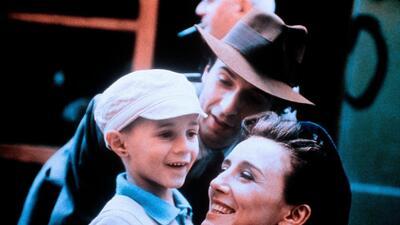 Irreconocible: así se ve el niño de 'La vida es bella' a 21 años del estreno de la película