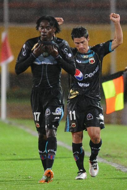 Deportivo Quito le ganó 5 - 0 a Chivas y clasificó como segundo lugar de...