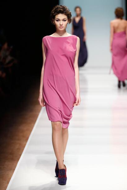 Para las más atrevidas el total 'look' en rosa es una excelente opción,...