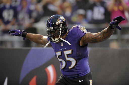 Terrell Suggs, apoyador exterior de los Baltimore Ravens (AP-NFL)