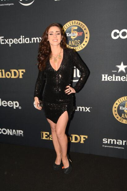¡Ariadne Díaz presume muy sexy su pancita!
