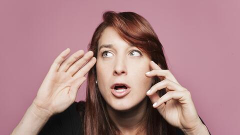 La comediante venezolana Joanna Hausmann explora palabras y frases del e...