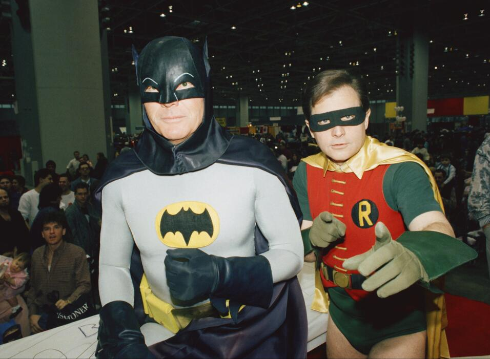 Los actores Adam West y Burt Ward, Batman y Robin, en una foto de 1989.