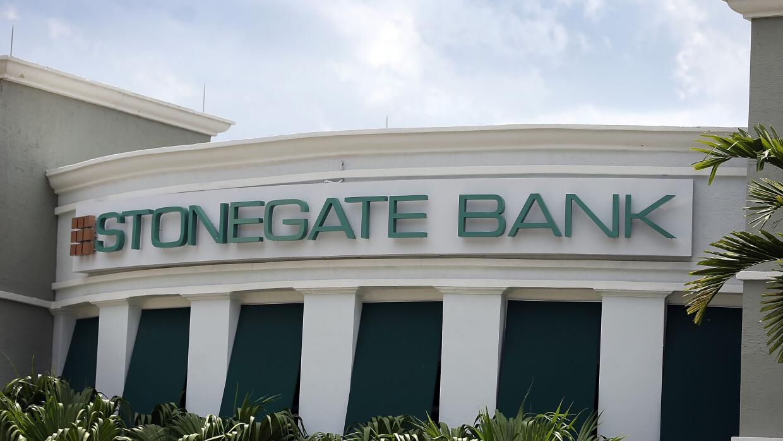El banco Stonegate.