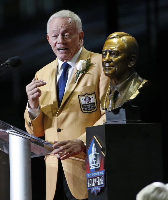 La NFL tiene nuevos 'inmortales' en el Salón de la Fama AP Jerry Jones.jpg