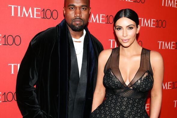 Y Kim y Kanye se lucieron en la alfombra roja.