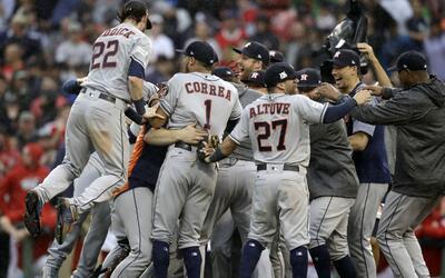 Los Astros van por primera vez a la serie de campeonato de la Liga Ameri...