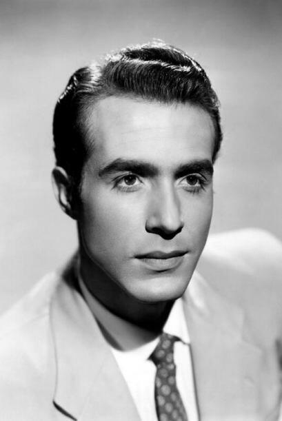 Ricardo Montalbán, nació en Ciudad México en 1920, y está entre la lista...