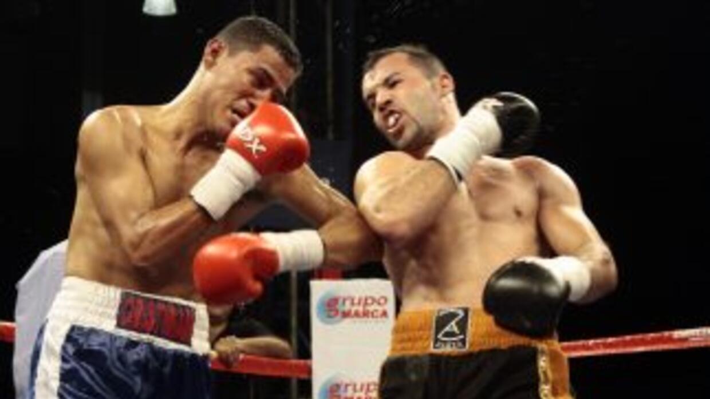 Álvarez se llevó el triunfo por decisión unpanime (Foto: Canelo Promotions)