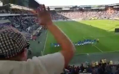 Así festejó el PSV y 'Chucky' la goleada con su afición