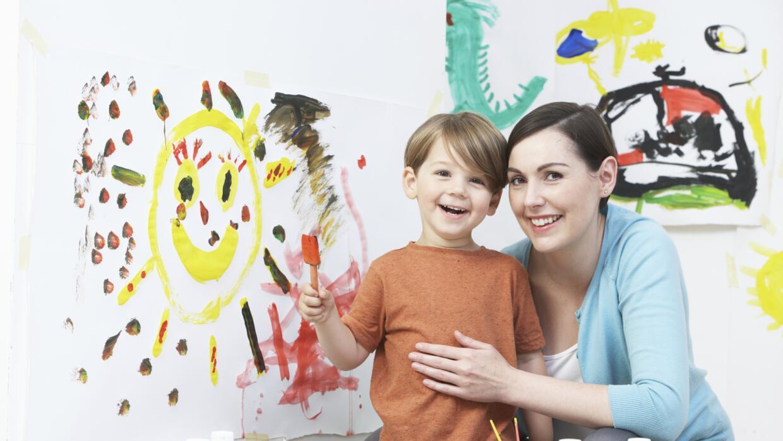 Criar a un hijo único presenta algunos desafíos, aprende cómo sortearlos.