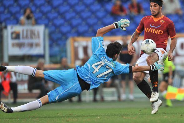 10 minutos más tarde llegó el 2 a 0. El argentino Pablo Osvaldo definió...