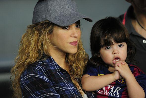 Shakira ya luce una creciente barriguita de embarazo y se ve bell&iacute...