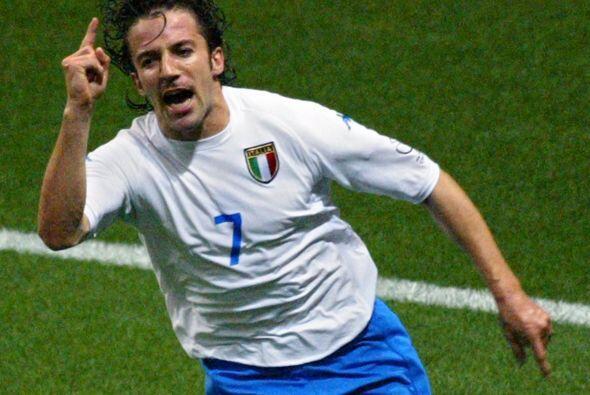 Del Piero pudo disputar el Mundial de Corea-Japón 2002, donde marcó el g...