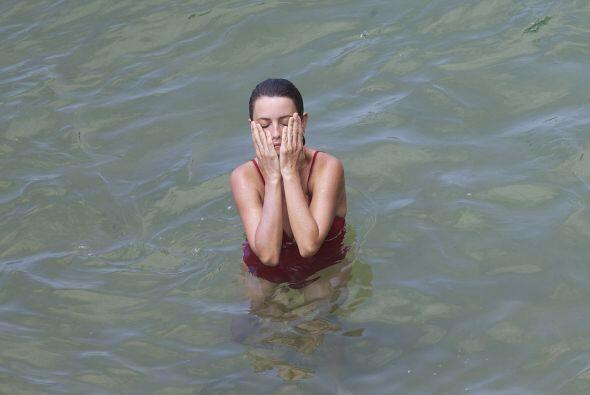 Así disfrutó del mar. Mira aquí los videos más chismosos.