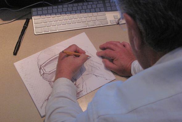Domínguez trabajó a contrarreloj para terminar el material a tiempo para...
