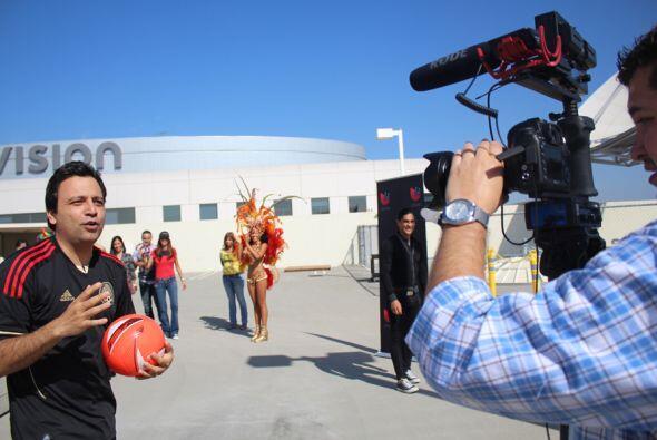 Entrevistando con la prensa de Uforia...