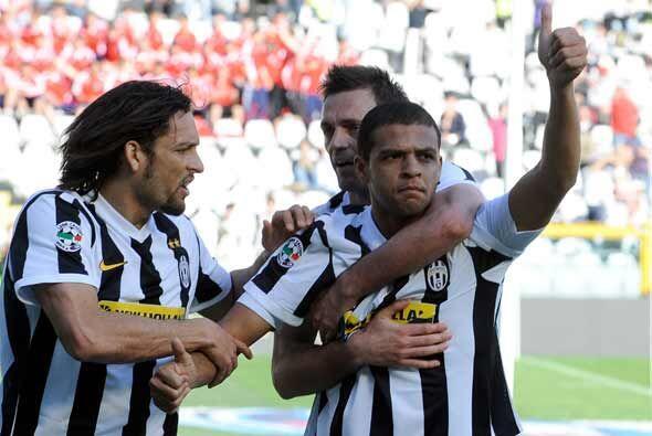Pese a que más tarde el Atalanta logró el empate, el brasileño Felipe Me...