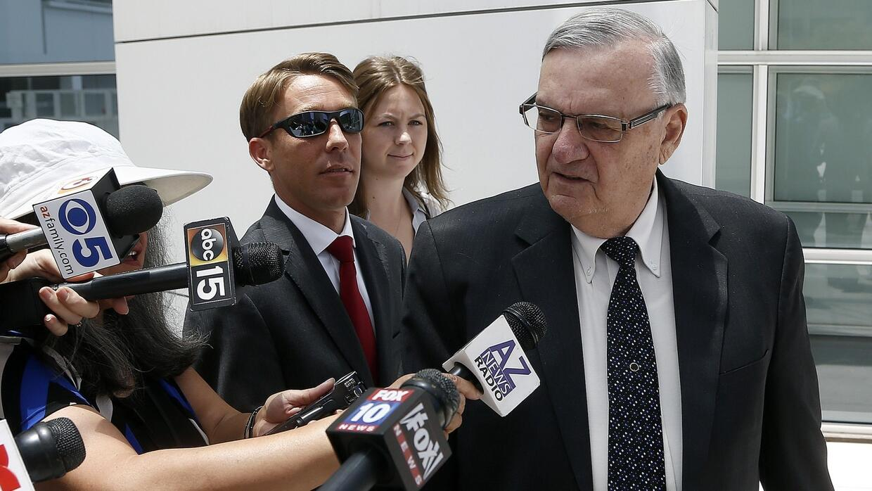 Exabogado de Joe Arpaio asegura en juicio que el exsheriff no mostró con...