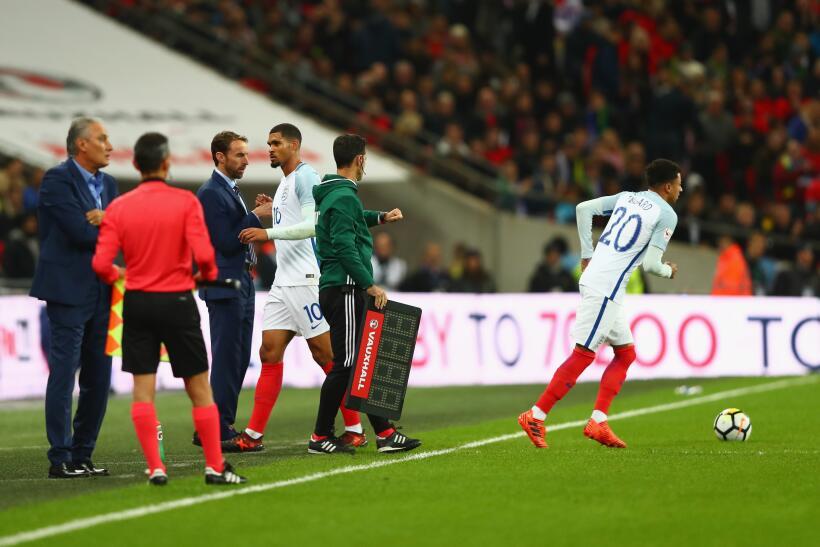 Inglaterra y Brasil empatan sin goles en Wembley gettyimages-874196268.jpg