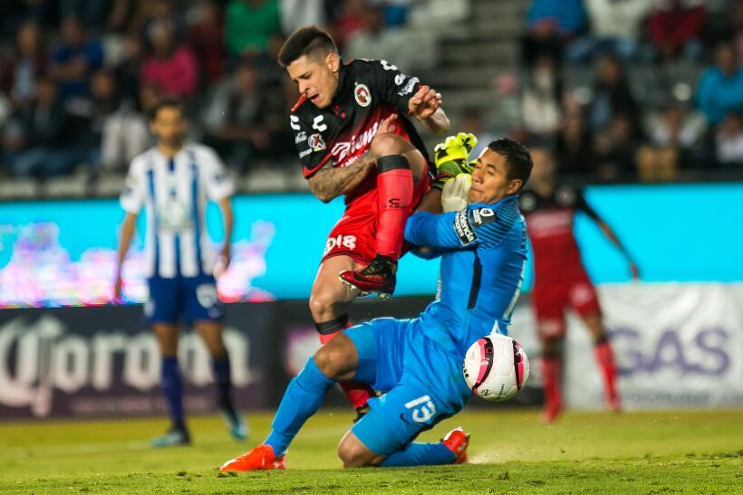 Pachuca destrozó a Xolos y se metió a semis de Copa MX 20171108-1984.jpg