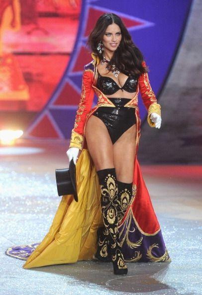 Algunas 'top models' de renombre que han participado en este show son: H...