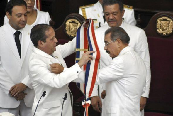 16 de agosto. El economista Danilo Medina asume como presidente de la Re...