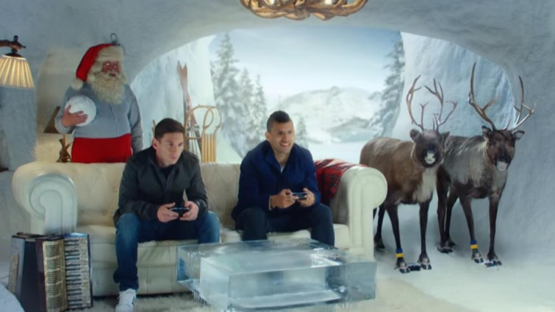 Messi y Agüero protagonizaron un comercial de FIFA 16