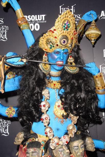 Sólo hay que mirar este atuendo de una diosa hindú, que se robó todas la...