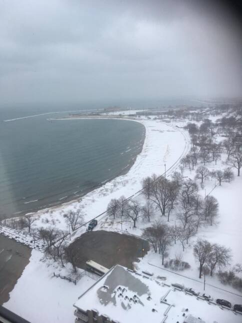 Usuarios de Univision Chicago comparten fotos de la nieve en Chicago