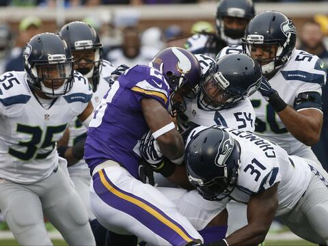 Gran actuación de Russell Wilson y de la defensiva de Seattle al...