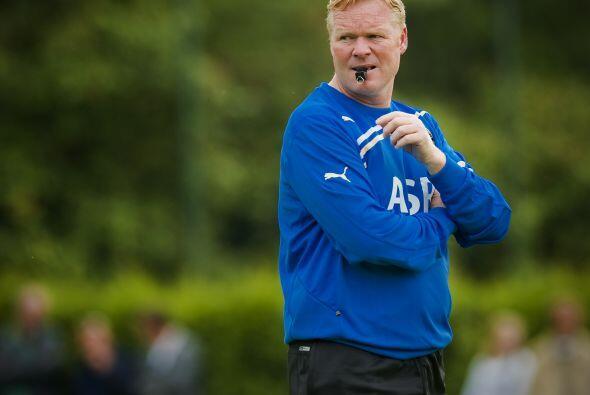 Koeman es tricampeón de la Eredivisie: 2 con el Ajax (2002 y 2004) y una...