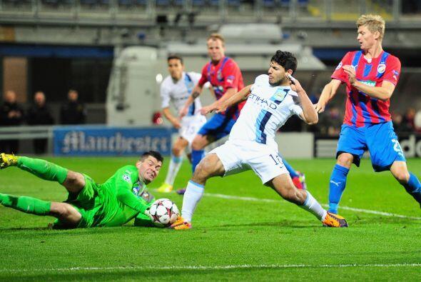 Un gol del marfileño Yaya Touré valía para el 2-0, pero el argentino Ser...