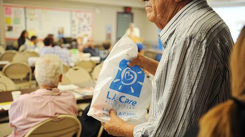 Hispanos, conscientes de la importancia del seguro de salud